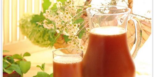 Предлагаем вам приготовить квас ягодный по вкусному и быстрому кулинарному рецепту из русской.